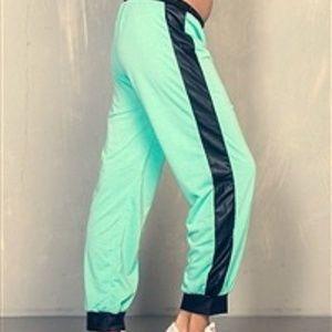 Mint Jr Plus-size Jogger Pants Black Vegan Leather